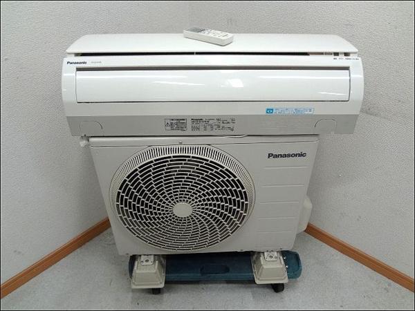 B '11年製 Panasonic(パナソニック) ルームエアコン 6畳用 CS-221CFR-W