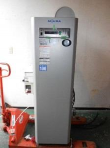 三浦工業 簡易貫流蒸気ボイラ (RV-160Z 2011年製)