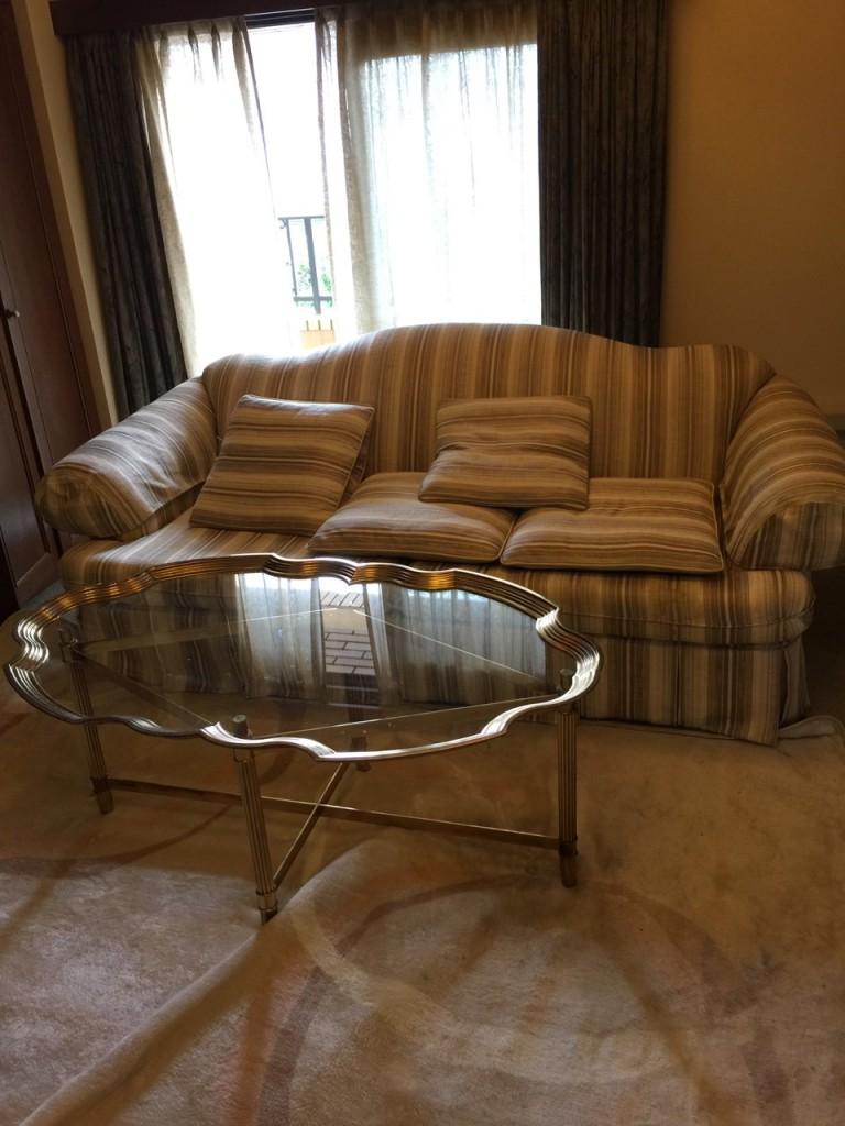 ソファー、テーブルのなど家具の買取