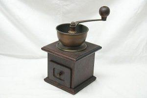 HARIO(ハリオ)コーヒーミル(手挽き・手動式)アンティークを買取