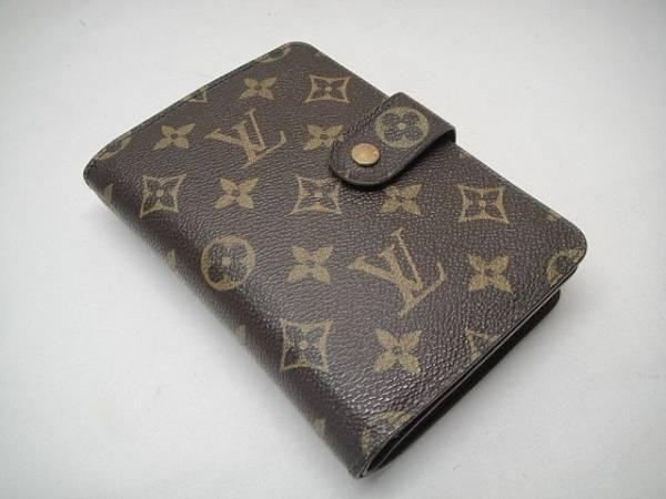 ルイヴィトン モノグラム パスケース2つ折り財布
