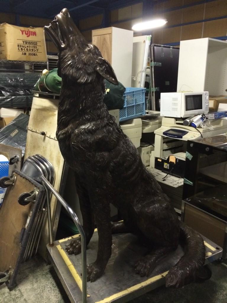 銅製のオオカミ 骨董