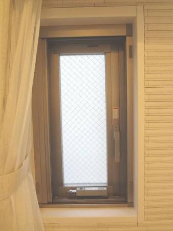 モデルル-ム展示品 トステム 開き窓 網戸付